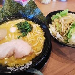 町田商店 山際店の写真