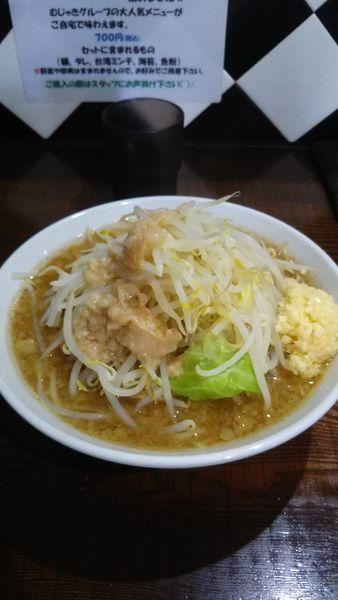 「ラーメン(野菜少なめ)」@ギガムジャキの写真