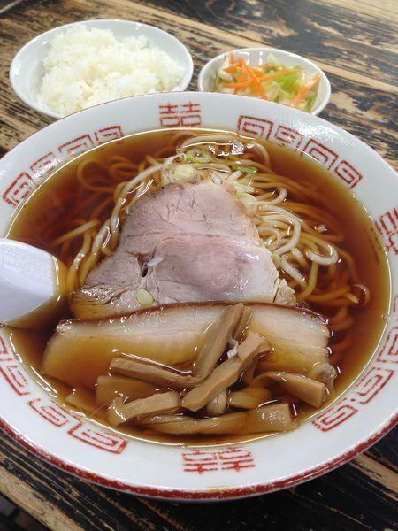 「あっさり(手打麺) 600円」@長尾中華そば 西バイパス本店の写真