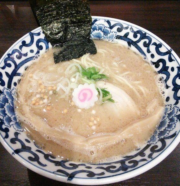 「らー麺 780円」@東京駅 斑鳩の写真