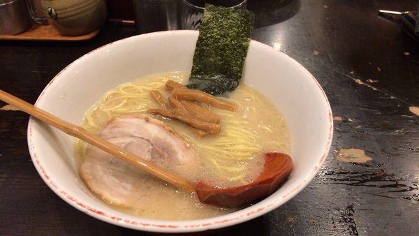 「百歩ラーメン食べ」@百歩ラーメン 北浦和店の写真