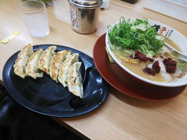 「ラーメン&餃子」@ラーメン 横綱 港店の写真