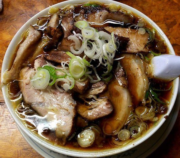 「チャーシュー多い麺」@かし亀の写真