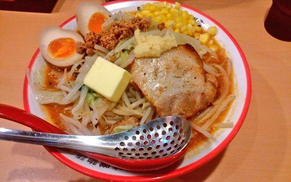 「北海道百年味噌特製ラーメン」@味噌ラーメン専門店 麺屋 國丸 梅田店の写真