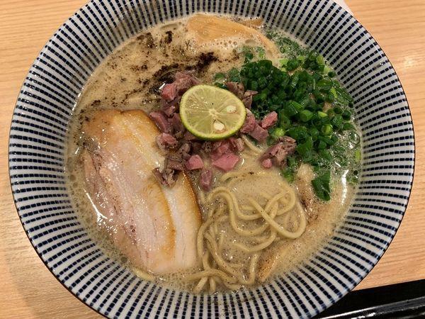 「ラム豚骨らーめん(ノーマル)塩」@自家製麺 MENSHO TOKYOの写真