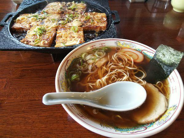 「中華そば +鉄板焼きどうふ」@国八食堂の写真