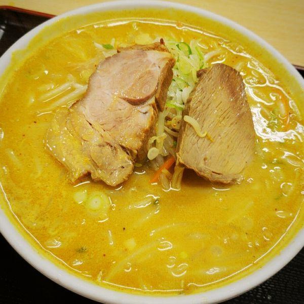 「味噌カレーらーめん 972円」@十八番の写真