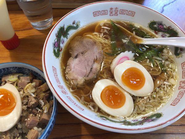 「醤油ラーメン + 煮卵 +チャーシュー丼」@らーめん処 こたにの写真