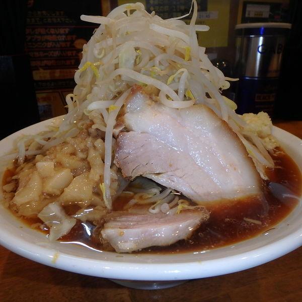「BB大盛 (850円)(ヤサイニンニクアブラ)、豚増し」@麺屋 豚道場の写真