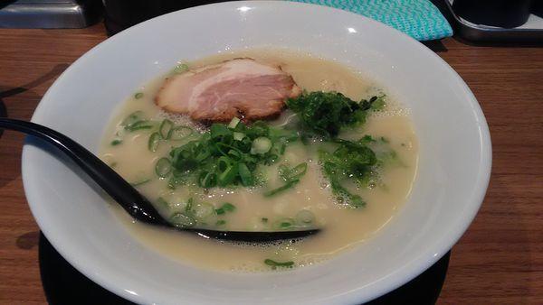 「鶏白湯 塩 + チャーハン」@麺場 鶏源 TORIGEN 蒲田店の写真