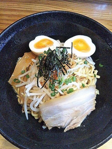 「油そば 680円+味付煮玉子 100円」@麺や和の写真