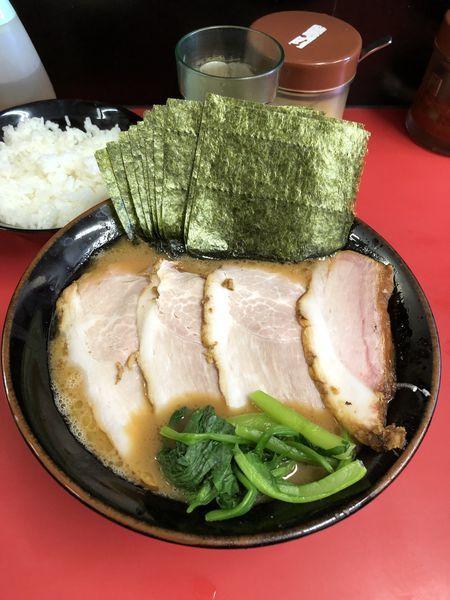 「チャーシュー麺中盛り 固め濃いめ 海苔増し 小ライス」@田上家の写真