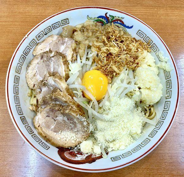 「小豚ラーメン+汁なし+チーズ」@ラーメン豚山 大塚店の写真