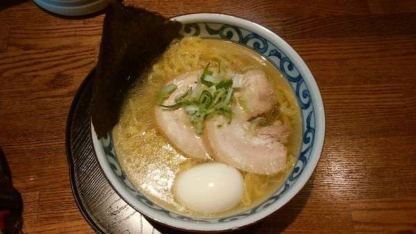 「名古屋コーチンの中華そば(塩)」@らー麺屋 バリバリジョニーの写真