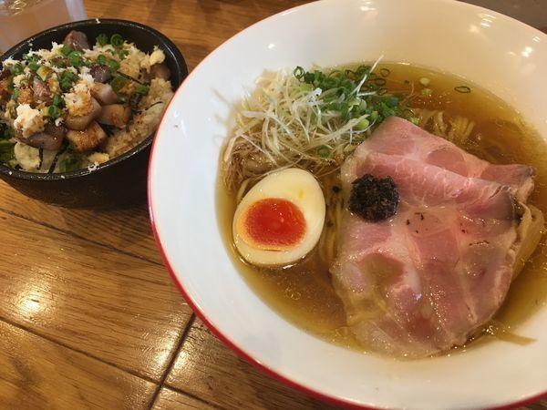 「黒トリュフspecial(鶏清湯)+炙りチャーシュー丼」@Mari iidaの写真