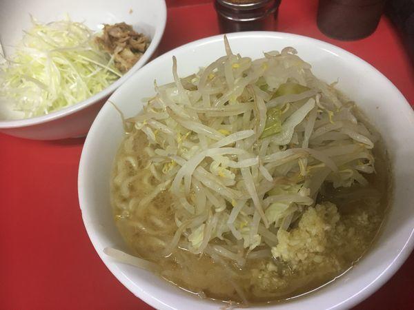 「麺半分豚2枚」@ラーメン二郎 茨城守谷店の写真