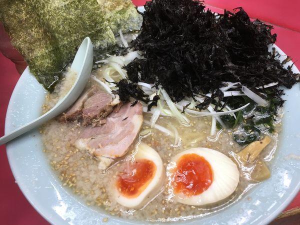 「特製塩ラーメン 太麺+岩海苔」@ラーメンショップ 牛久結束店の写真