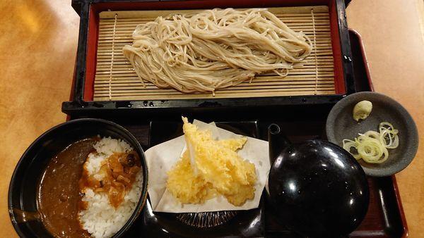 「蕎麦+カレーセット 530円」@生そば 玉川 池袋東口店の写真