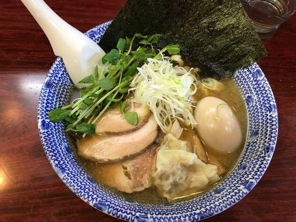 「特製ふくろう麺 醤油(太麺)」@麺や ふくろうの写真