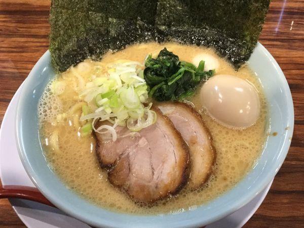 「特製 豚骨醤油 1,030円」@横浜家系ラーメン 清六家 守谷店の写真