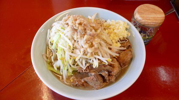 「中ラーメン 麺300g¥750/普通¥0(無料)」@立川マシマシ 5号店(神保町店)の写真
