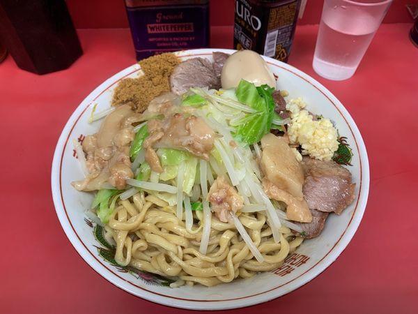 「大汁なし+豚マシ+煮卵」@ラーメン二郎 環七一之江店の写真