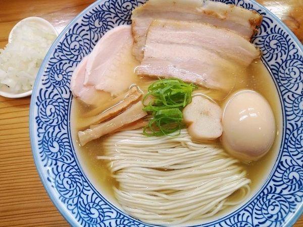 「特製塩+きざみ玉ねぎ」@麺処 いし川の写真