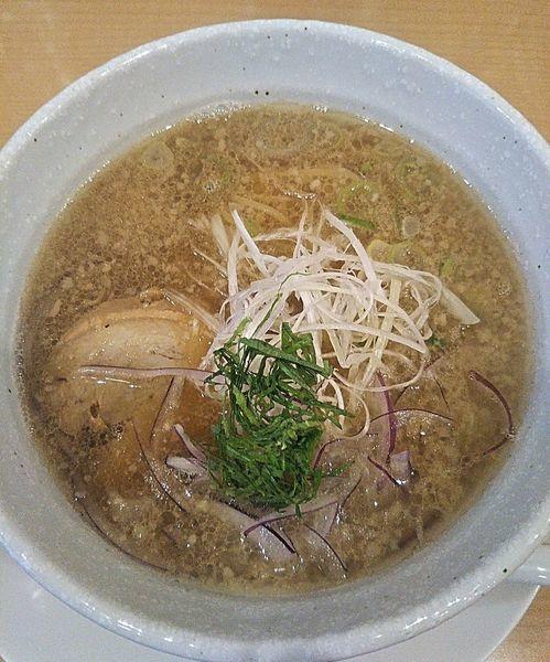 「上々黒麺(醤油系)780円」@麺屋 上々の写真