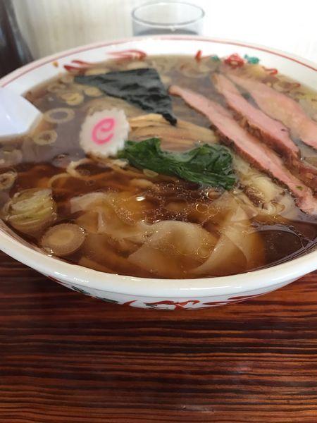 「ワンタン麺大盛り」@手打ちラーメン みうらの写真