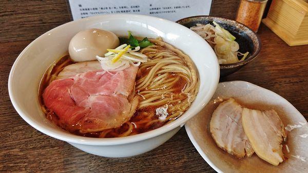 「煮干らーめん+特盛り+バラチャ+味玉+ランチセット」@ら〜麺 楓の写真