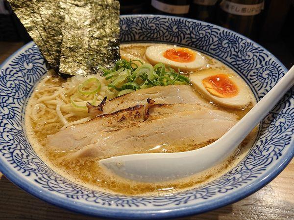 「特製濃厚煮干中華そば」@煮干し中華そば 麺屋 銀星 高円寺の写真