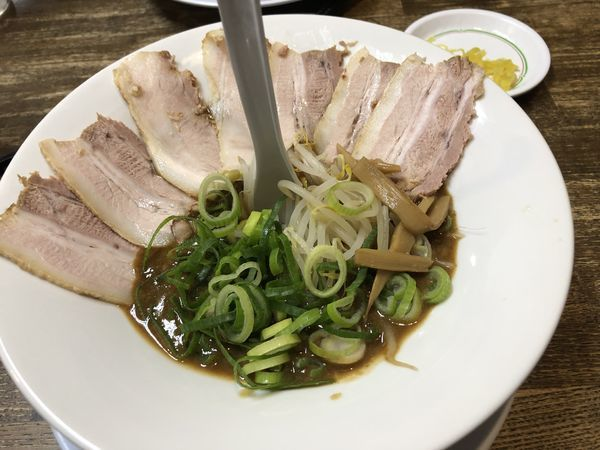 「どろチャーシュー麺 1020円」@豚の助の写真