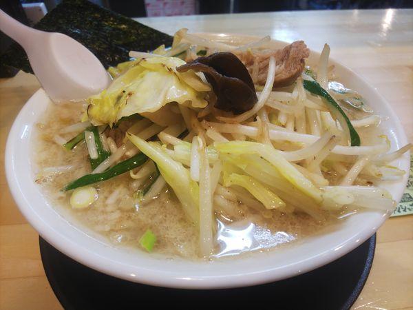 「野菜たっぷりラーメン790円」@ラーメンショップ椿 大玉店の写真
