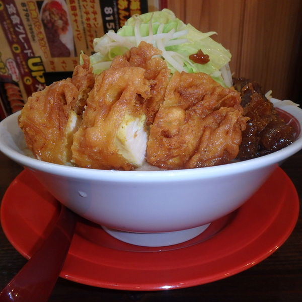 「スーパーゴリラ―麺(1200円)(麺300g、野菜増し)」@ラッキー食堂まとや 千曲店の写真