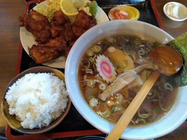 「から揚げセット (醤油) 1080円 帯麺 100円」@元祖帯麺 梅田飯店の写真