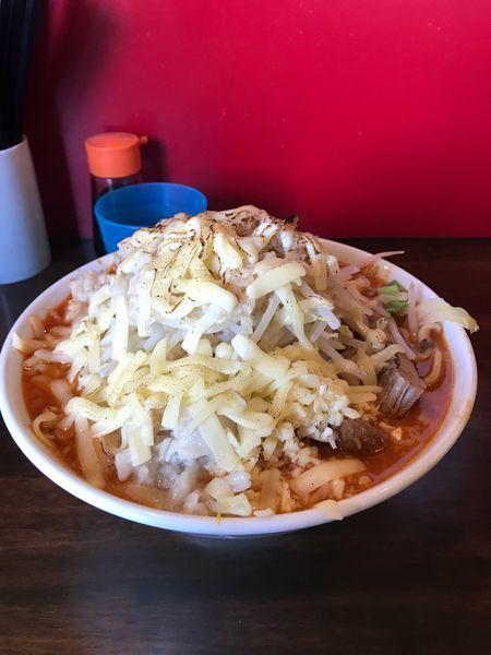 「辛いラーメン300g+チーズ(にんにく、やさいマシマシ、アブラ、」@龍麺 ふえ郎の写真