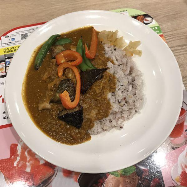 「チキンと焼き野菜のキーマカレー」@ガスト 大宮西口店の写真