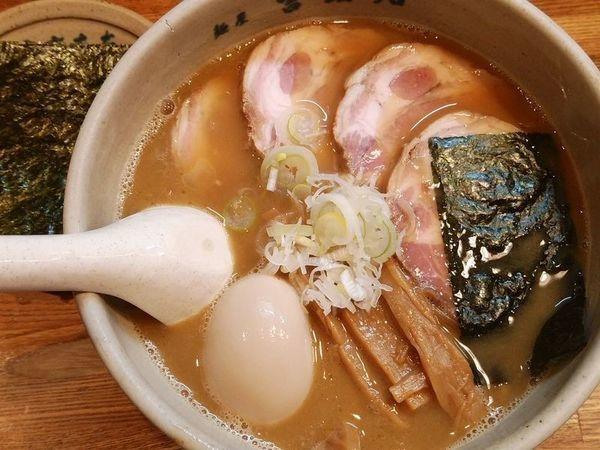 「味玉らーめん+チャーシュー+のり」@麺屋吉左右の写真