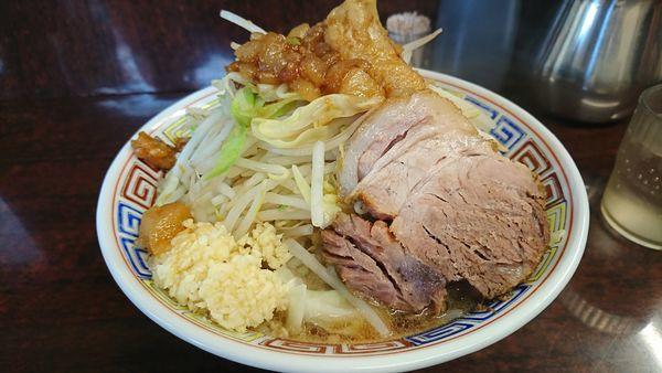 「ミニラーメン 麺カタメニンニクヤサイアブラ増し」@ラーメン二郎 めじろ台店の写真
