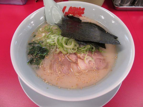 「塩チャーシュー麺(870円)」@ラーメン山岡家 牛久店の写真