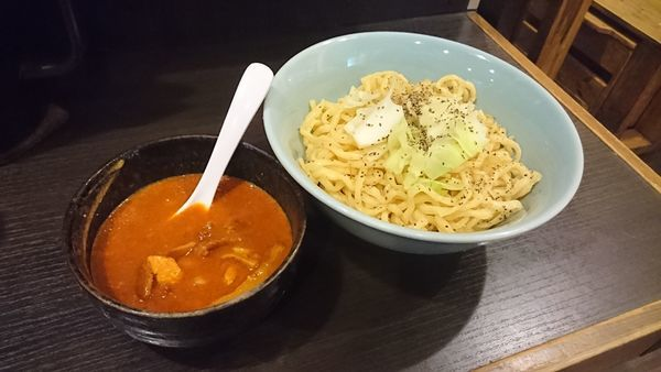 「エビとトマトのビスクつけ麺(800円)大盛り(100円)」@三鷹食堂いなりの写真