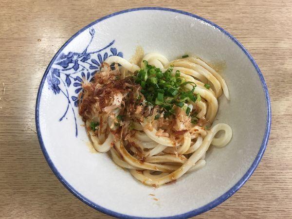 「しょうゆうどん冷(1玉)¥250」@吉本食品の写真