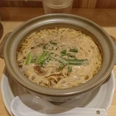 鍋焼きラーメン 谷口食堂の写真