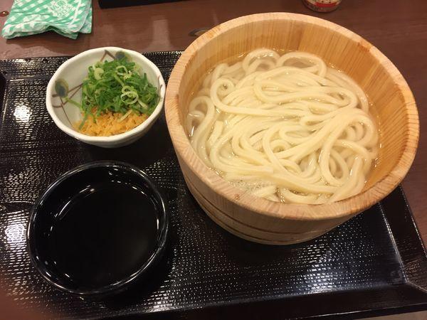 「釜揚げうどん(並)¥290」@丸亀製麺 羽田空港第2ビル店の写真