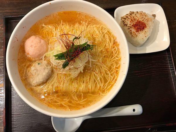 「あら炊き辛塩らーめん (中辛)+焼きおにぎり 1,030円」@麺屋 海神の写真
