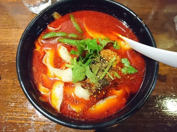 「麻辣刀削麺」@刀削麺 張家 麹町店の写真