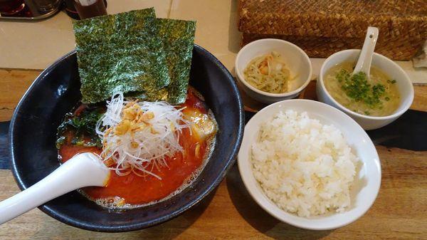 「麻辣麺(790円)+定食セット(300円)+杏仁豆腐」@麺飯店 マラマラの写真