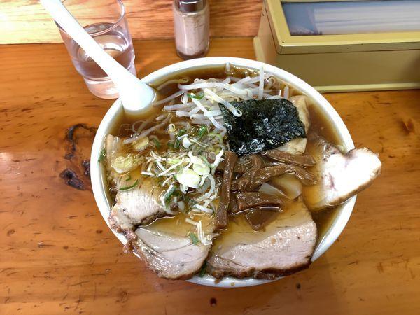 「チャーシューワンタン麺 大盛り 1050円」@支那ラーメン 桂山の写真