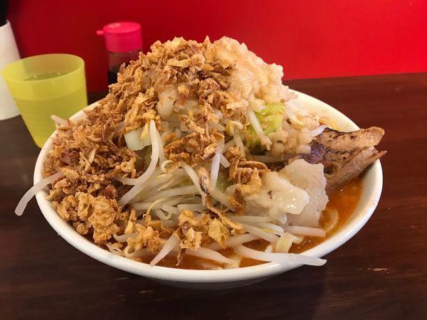 「辛いラーメン300g+揚げネギ」@龍麺 ふえ郎の写真