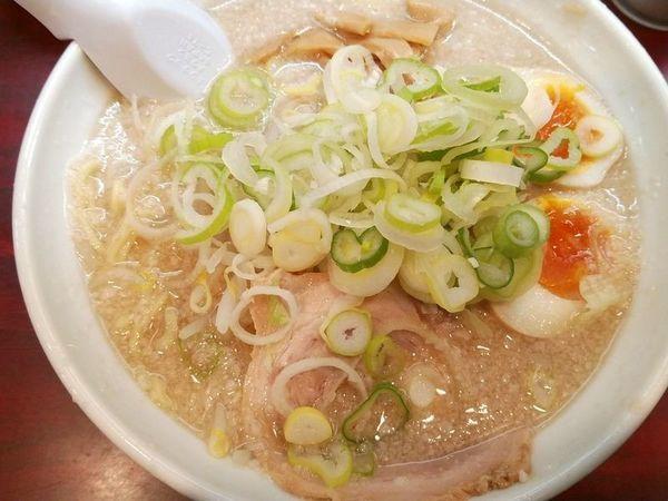 「醤油味玉子らーめん(薬味ネギ多め)」@こってりらーめん なりたけ TOKYOの写真